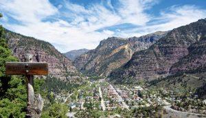 The Ouray Overlook on the Million Dollar Highway